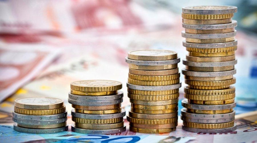 [ Bancários terão reajuste salarial de 4,31%]