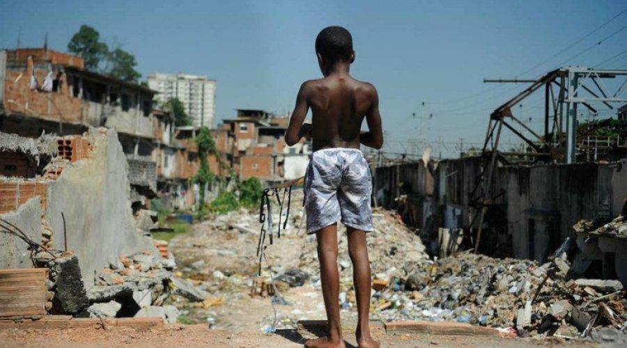 [Mais de 13 milhões vivem na extrema pobreza]