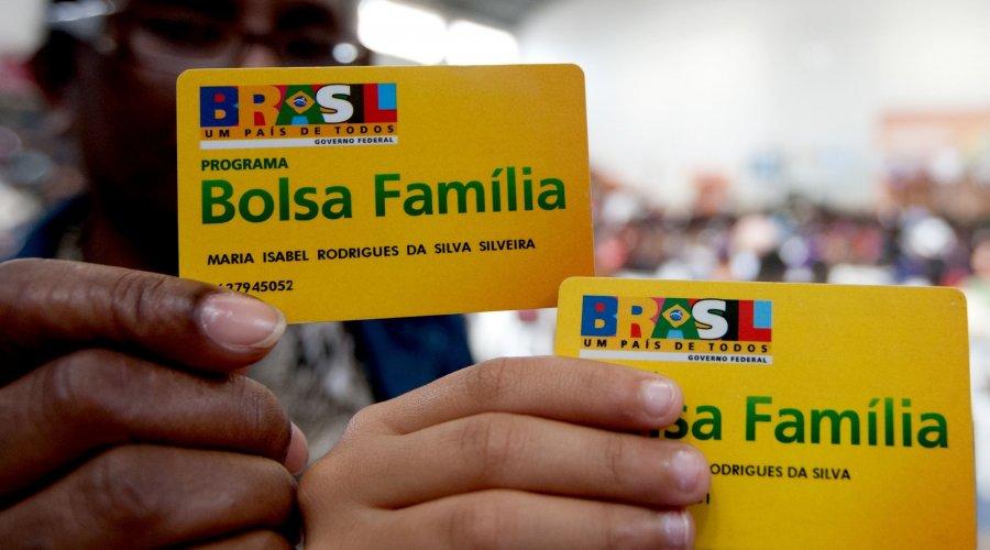 [Bahia perdeu 60 mil benefícios do Bolsa Família]